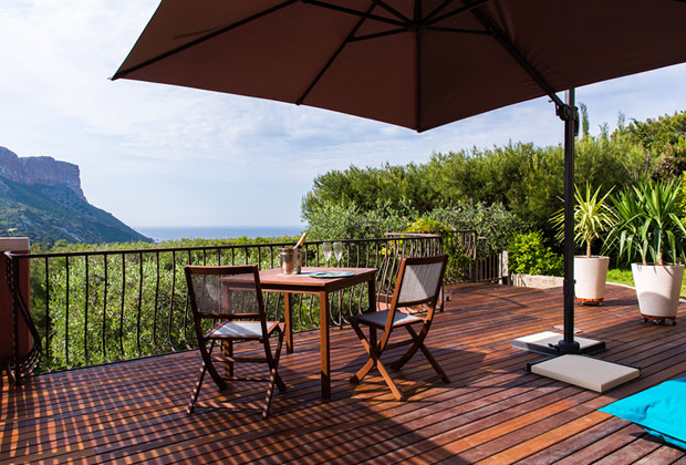 The Turquoise Room - The terrasse with the panoramic view of Cassis